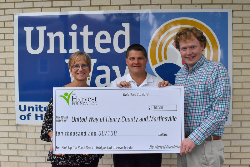 United Way receives $10,000 Harvest PUP! grant for Bridges Out of Poverty
